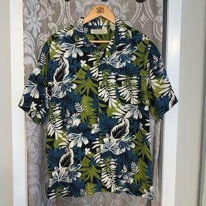 77042167 Island Republic Men's Button Down Shirt